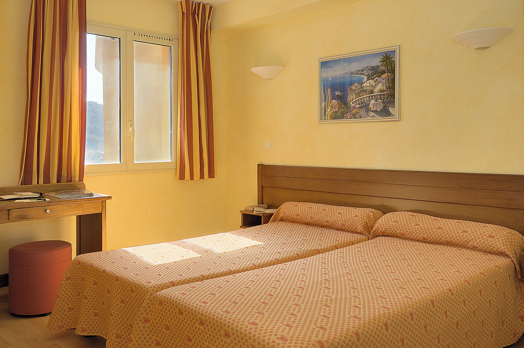 apparthotel the aparthotel lou castelet - Lou Castelet Carros Mariage